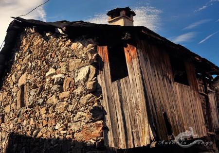 Ribadelago, Sanabria, Zamora, casa, house, madera, piedra, stone, ventana, window, wood