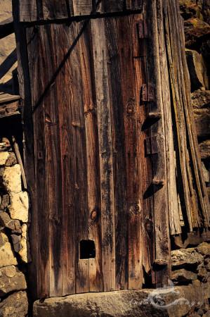 Ribadelago, Sanabria, Zamora, casa, door, gatera, house, madera, pet, piedra, puerta, stone, ventana, window, wood