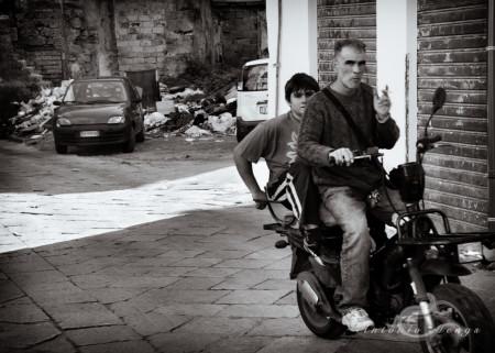 Palermo, Sicilia, Sicily, calle, moto, motorcycle, person, persona, street