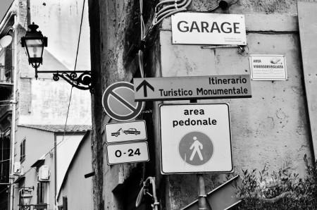 Palermo, Sicilia, Sicily, calle, farol, lamp, letrero, signal, street