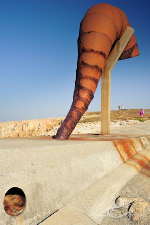 Galicia, Coruña, escultura, parque, sculpture, park, woman, mujer, trompa, horn