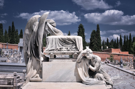 Cementerio, cemetery, cielo, ciprés, cypress, escultura, mujer, scky, sculpture, tomb, tumba, woman, ángel