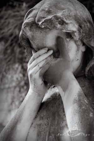 Cementerio, Madrid, crying, escultura, funeral, funeraria, hand, llanto, mano, sculpture