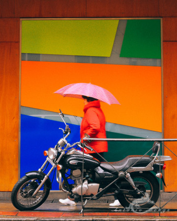 calle, color, colores, colours, lluvia, morocycle, moto, mujer, rain, street, woman