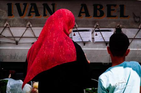 Alacant, Alicante, Alicante Alacant Spàin España, Calpe, España, Spain, boy, market, mercado, mujer, niño, pañuelo, scarf, woman