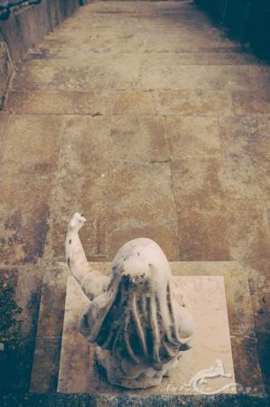 Lapa, Porto, Portugal, cementerio, cemetery, escaleras, escultura, mujer, sculpture, staircase, woman